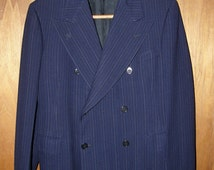 Dated 1938 Blue Pinstripe Double Breasted Suit Jacket // Excellent Condition! // 38 Short