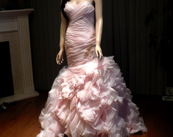 Blush wedding dress, sweetheart wedding gown with lace