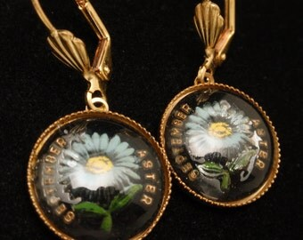September Aster Birth Month Flower Intaglio Button Earrings Pierced Ears