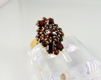 18K gold marquise ring with almandine garnets Solid gold heavy statement ring Red garnet gold ring 18K solid gold shank Fine jewelry