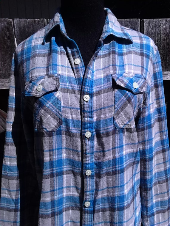 men 39 s small light blue and gray plaid flannel shirt