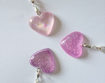 Small resin heart necklace