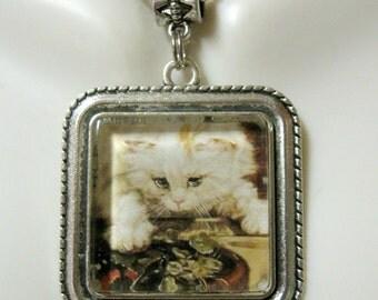 Stalking cat pendant with chain - CAP05-152