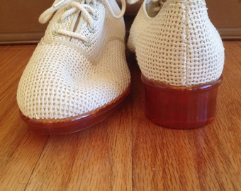 70's Plastic Hell White Knit / Perforated Shoe. Tie Up. Amber Colored Plastic Heel. Sears. Size 7 1/2.