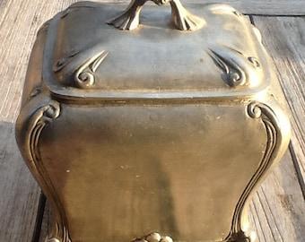Nice tin box