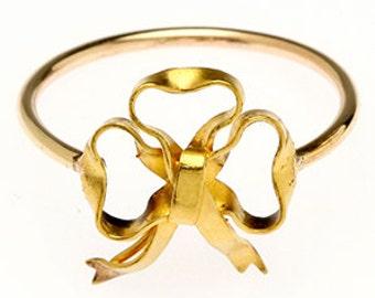 Ribbons and Bows Ring