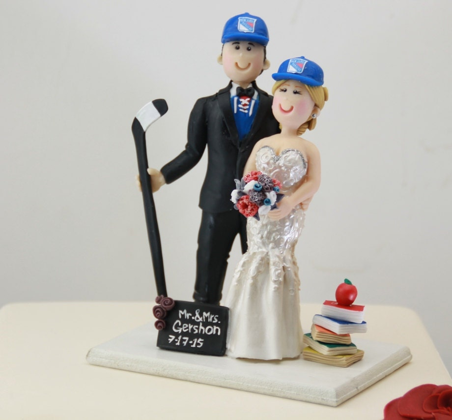 hockey player wedding cake topper small wedding cake topper or centerpiece hockey player groom 15259