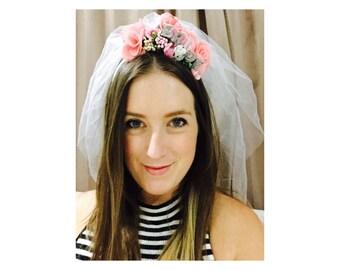 Bride To Be Headband with veil / Bachelorette Headband / Hens Headband