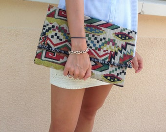Pouch ethnic inspired