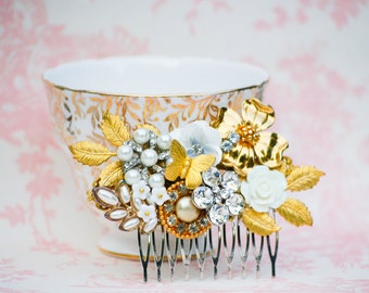 Floral Hair Comb Bridal Hair Comb Gold White Wedding White  Flower Hair Comb Crystals Gold Leaf Vintage Wedding Bride Headpiece Gift for Her
