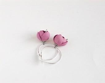 Spring flower leather earrings in pink rose quartz
