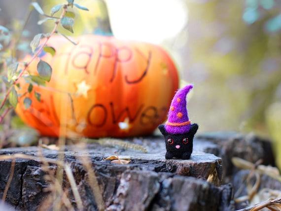Halloween Cat, Needle Felted Cat, Felt Black Cat, Cat Miniature, Animal Miniature, Halloween Decor, Halloween Gifts, Wool Felt Animal