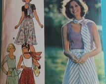 Sewing Pattern Butterick 4149 for a Woman's Top, Skirt and Scarf in Size 12