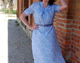 Handmade 1940s-Style Periwinkle Swing Dress / WWII Reenactment / Retro / Vintage-Style / Size L