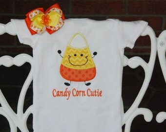 2 pc. Baby Girl Candy Corn Bodysuit and Hair Bow! Candy Corn Cutie/Baby Girl Halloween Outfit/Candy corn/Candy corn bodysuit and hair bow