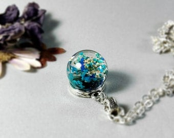 Queen Anne's Lace Resin Pendant, Necklace Sphere, blue flower orb, blue botanical pendant, pressed flowers jewelry small resin ball