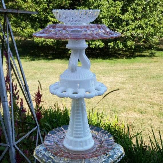 Ooak upcycled garden totem vintage glass by for Upcycled yard decor