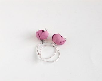 Spring flower leather earrings in pink rose quartz