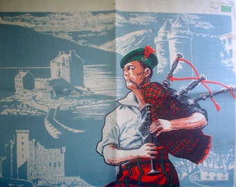 Unused Linen Tea Towel Scottish Theme with Bagpiper in Kilt and Scenes of Scotland New with Label