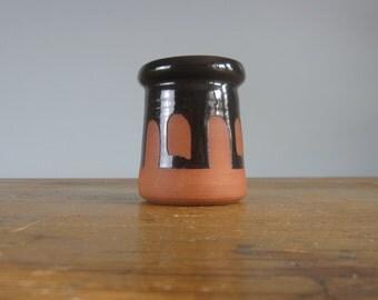 Lyre condiment pot / Mid century / Ceramics / mustard pot / Irish / 1970s / *9