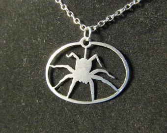 Crouching Spider Necklace