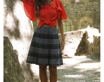 60s 70s Caroline ROHMER  plaid skirt // high waist checkered  trapeze skirt / Jupe à carreaux années 60 70 //size us6