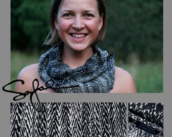 Infinity Scarf made of cotton for women Zig-Zag
