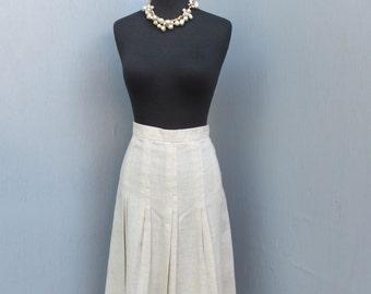 Vintage Skirt / Career Skirt / M J Concepts in Sportswear,  size 7 / Oatmeal