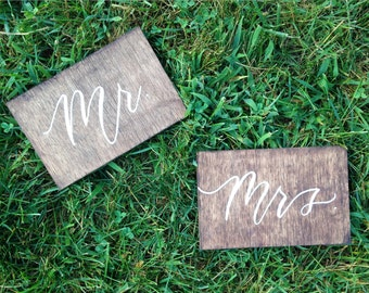 Mr & Mrs Free standing wedding signs