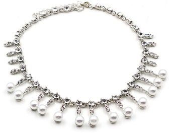 Metal silver pearl crystal necklace