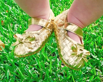 """Baby Shoes, Gold Baby Girl Mary Jane """"Basket Weave"""" Sandals/ Crib Sandals/ Walking Sandals with Grips"""
