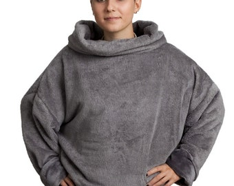 Short, cowl neck in grey! Soft and cozy Cloud  in steel grey!