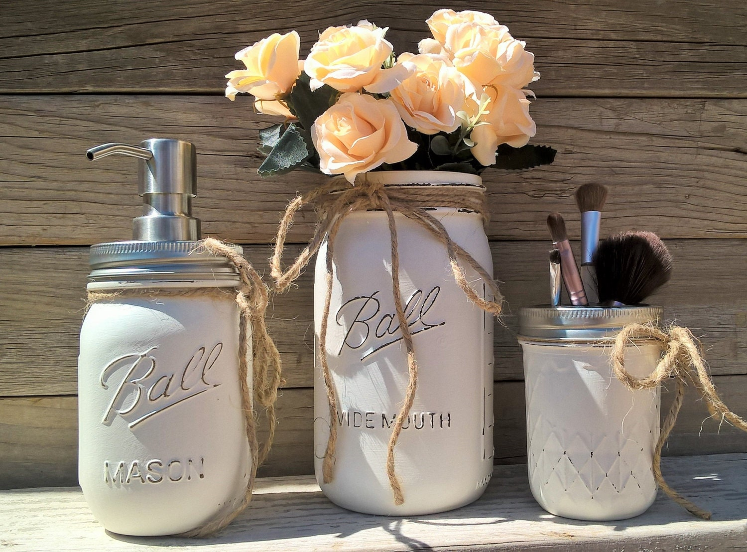 Bathroom decor ball mason jar bathroom decor painted mason for Bathroom decor mason jars