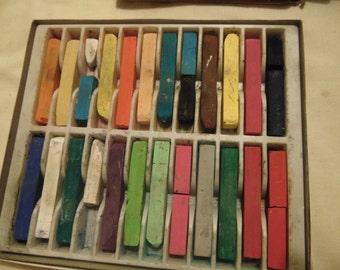 Mungyo Pastels Chalks 24 colors