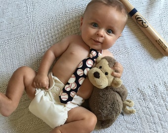 Baby boy tie, Newborn tie, toddler tie, child tie, baby boy clothing, Photo prop, Birthday accessory, shower gift, baseball,baby accessory