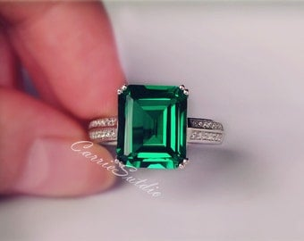 Classic Emerald Ring Emerald Engagement Ring/ Wedding Ring 925 Sterling Silver Ring White Gold Plated Anniversary Ring