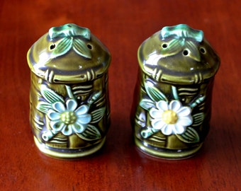 Vintage Ceramic Salt and Pepper Shakers- Bamboo/Daisy-1970's