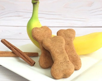 Dog Treats - Banana Cinnamon Dog Biscuit - Gourmet Dog Treat - Natural Dog Biscuit - Gift for Dog Lover - Homemade Dog Treat
