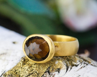 7 Carat Topaz set in 18K Gold Ring, Natural Quartz Ring, 18K Yellow Gold Solitaire Ring, Gold and Quartz Ring, Zehava Jewelry