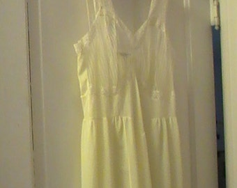 Fifties Vintage Mary Barron Nightgown