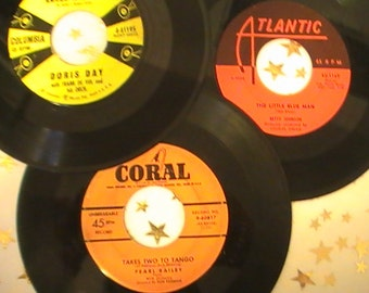 """Twenty Nine 45 RPM Records by """"Gal Singers and Big Bands"""" of the Fifties"""