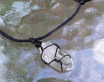 Crystal quartz pendant