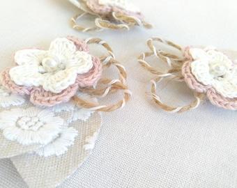 Bridal wedding corsage, wrist corsage, wedding butonniere, crochet bridal corsage for wedding, dusty pink and white corsage, rustic wedding