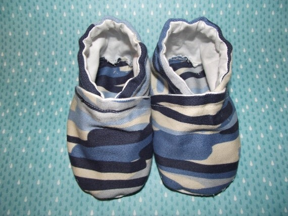 Blue camo army jean baby booties shoes -  Size US 2 for 3-6 Months
