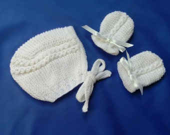 Princess Charlotte Style Bonnet and Mitts