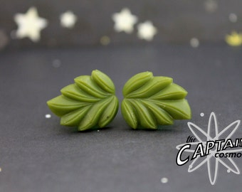 Leaf plugs for gauged ears 8mm 0G green  gauges bodmod