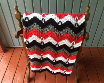 """Crocheted ripple afghan.   Ready to ship.  42""""x 60"""""""