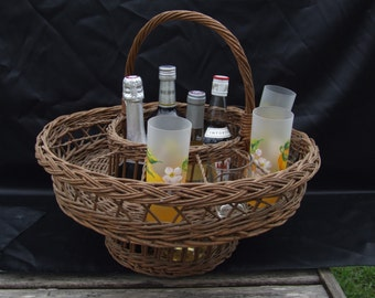 Wicker Picnic Bottle and glass carrier