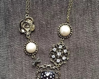 Pearl Heart Rhinstone Necklace