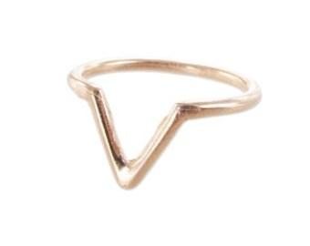 V Ring Gold Pink